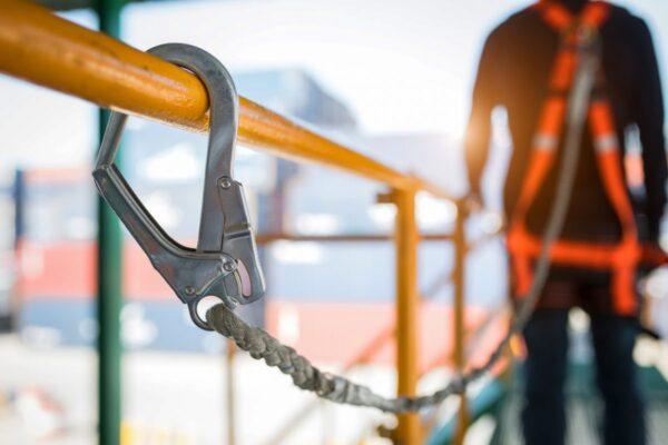 Dış Cephe İskele Sistemleri ve İş Güvenliği